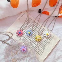 Necklaces Jewelry Creative Fashion Candy Color Daisy Necklace Flower Pendant Sweater Chain For Women Girls Gift