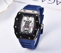 Top Marca Luxo Relógio Mens Esportes Quadrado Vinho Barril Silicone Strap WristWatches Quartz Watch Business Creative Dress Casua8