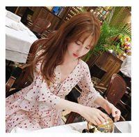 2020 2020 Verano Nueva Dama de Corea Fashion Floral Slim Sliming Hollow V Lotus Lotus Hoja Manga Un vestido de línea de, $ 16.35 | Dhgate.com C3R0 #