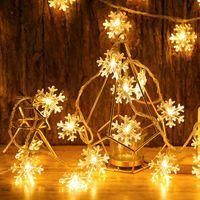 Decoraciones de Navidad 30/60 LED Star copos de nieve Cadena de luz Navidad para el hogar Guirnaldas de Navidad Batería Año de la batería Decoración