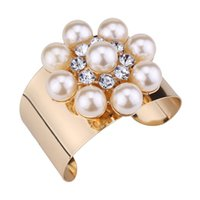 New trendy fashion ins luxury designer exaggerated wide beautiful diamond crystal pearl open bangle bracelet for woman