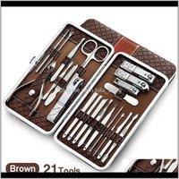 18 // 21 PZ Manicure Set Kit Pedicure Forbice Tweezer Coltello Ear Pick Utility Nail Clipper in acciaio inox Nail Care Set SET 4 TZUEM EPTZF