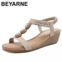 Beyarne été Femmes Sandales Sandales en bois Perle en bois Perceuse à eau Bohême Cendres Chaussures Pour Couleur Solid Respirant Femme 210712