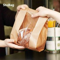 StoBag 50pcs Kraft Paper With Window Bread Packaging Bags Oil-proof Breakfast Breat Supplies Party Food Toast Clear Celebrate 210326