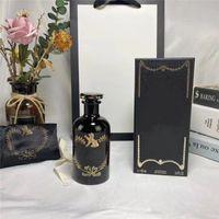 Design di lusso versione più alta bottiglia nera Il giardino dell'alchemistico 100ml Bello odore di profumo libera consegna veloce