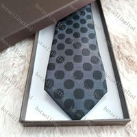 Mens Ties Brand Man Fashion letter Striped Neckties Hombre Gravata Slim Tie Classic Business Casual Green Necktie For Men 20 style L2005