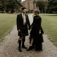 Country Black Wedding Vestidos 2022 À linha de vestidos de noiva pregras mangas compridas pescoço alto boho decote hi-lo vestes de mariée estilo rústico cascading ruffles