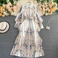 Eine Linie 2021 Mode Runway Casual Feiertag Sommer Lange Kleid Damen Kurzarm Slash Hals Tiered Floral Gedruckt Drapierte Rüschen Frühling Herbst Frauen Vintage