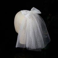 2021 Elfenbein Kurzer Hochzeitsschleier mit Bow Echt Fotos Brautschleier Weiche Tüll Netting Glänzende Pailletten