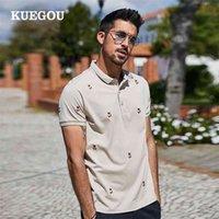 Kuegou algodón polo camisa de verano oso bordado extensión de moda hombres polo camisas de manga corta albaricoque superior más tamaño AT-7370 210329