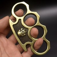 무게 약 115g 금속 황동 너클 살포기 4 손가락 자기 방어 도구 휘트니스 야외 안전 방어 포켓 EDC 도구 보호 장비