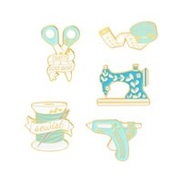 Sewing Machine Enamel Brooches Pin for Women Fashion Dress Coat Shirt Demin Metal Funny Brooch Pins Badges Promotion Gift 1127 T2