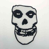 Famoso vecchio scuola punk ricamato ferro su patch moto punk musica motociclista motociclista fai da te skull applique badge del ricamo