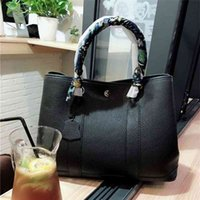 Leather women s garden bag lychee pattern head leather hand-held Single Shoulder Messenger Bag with canvas shoulder strap wan ALNM wan