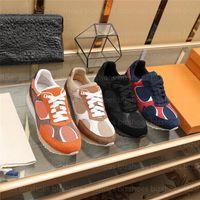 Kaçak Sneaker Erkek Tasarımcılar Ayakkabı Siyah Süet Buzağı Deri Patchwork Ayakkabı Teknik Mikro Outsole Luxurys Mans Rahat Sneakers Eğitmenler