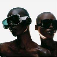 Übergroße Frauen Sonnenbrille Gradient Clear Shades für Frauen Große Rahmen Punk Männer Eyewear UV