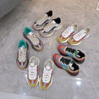 Rhyton عارضة أحذية رياضية الرجال النساء سميكة سوليد حذاء العلامة التجارية حقيقية جلدية فاخرة مصمم chaussures مريحة عارضة الأزياء الأبيض إيطاليا ايس النحل اللباس الحذاء
