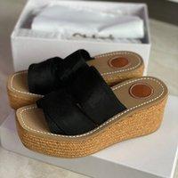 디자이너 여성 슬리퍼 Woody Wedge Mule Glyn 플랫폼 Espadrille 화이트 인쇄 편지 캔버스 샌들 하이힐 플랫 고무 바닥 신발