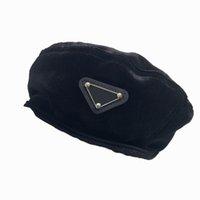 مصمم قبعات فاخرة المخملية القبعات الشتاء الشتاء أزياء الشارع قبعة للنساء جودة عالية