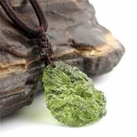 A ++ Natural Moldavite Green Aerolites Crystal Stone Ciondolo energia apotropaic4g-6g / lotto + corda libera Collana unica107 Q2