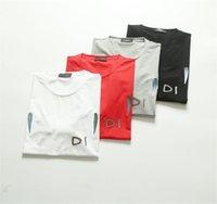 Yüksek Kaliteli Erkek Tees Kazak Tasarımcısı T Shirt Nedensel Resmi 4 Stilleri Giyim Jumper Kısa Kollu Boyut M-3XL