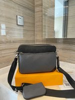 District Trio Messenger Cross Body Bag Mens Designer Couro Bolsas De Couro Mans Luxurys Designers Crossbody Moeda Bolsa Carteira Hobos Tote 3 Pcs / Sets M45320 M69443