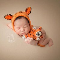 Born Pogroy Sops Soft Mohair Tiger Hat + Muñeca Set Baby Boy Po Shoot Infantil Gorro de ganchillo Fotografia Accesorios Caps Sombreros