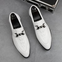 Designer Men loafers leather shoes Horsebit white Crocodile pattern Red bottom Breathable Pointed Toes Party Wedding Shoes plus size 38~44