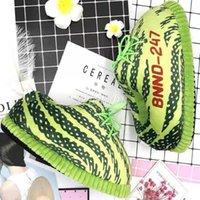 Diapositives pour femmes Unisexe Big Taille 35-43 Snug Sneakers Femmes House Chaussons de plancher Femmes / Hommes Hiver Chauffer la maison Chaussures