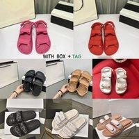 2021 Moda de lujo Mujeres Diapositivas de cuero de cristal Sandalias de cuero acolchado Zapatos de plataforma Diseñador Sapatos Sandalias planas Tamaño 36-40 # 96