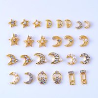 Nail Art Süslemeleri 10 adet Strass Iyi Kristal Rhinestones Ay Yıldız Lüks Alaşımlı UV Jel Dekorasyon 3D DIY Craft