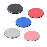 Chargeurs sans fil Métal Fast Metal 10W pour iPhone 13 12 11 PRO XS MAX XR PAD de chargement LED Chargeur de téléphone universel avec boîte de vente au détail