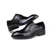 Zapatos de vestir de los hombres fresco negocio formal desgaste vacaciones viajes genuino cuero de cuero clásico encaje diseño perezoso conducir caminar casual británico boda pisos