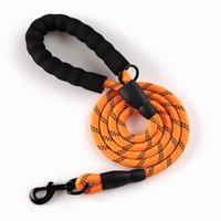 WJH240 لوازم الحيوانات الأليفة المقاود هوك الدائرية حبل الكلب الجر مع آمنة ضوء سلسلة ضوء النايلون حزام مناسبة للكلاب متوسطة / كبيرة