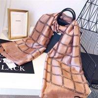 الأوشحة ماركة إمرأة كبار طويل طبقة واحدة الشيفون الحرير شالات الأزياء السياحية لينة مصمم هدية فاخرة الطباعة وشاح المرأة 180 * 70 سنتيمتر