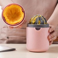 Juicers Portable Fruit Juicer For Orange Lemon Manual Squeezer Juice Cup Child Household Outdoor Citrus Bottle Kitchen Tool Supplies 45
