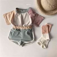 판매 여름 한국어 아이 의류 아기 소년 소녀 티셔츠 + 반바지 패치 워크 코튼 어린이 학교 유니폼 정장 210806