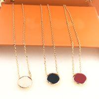 Collana di gioielli di moda collana di lusso donne ciondolo collane con fiori modello 3 colori opzionale con scatola di alta qualità