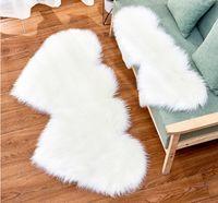 Área de peluche alfombras de lana como alfombras Fabricantes Suministro Decoración del hogar Sala de estar Sofá Espesamiento Doble en forma de corazón Cojín creativo Personalización