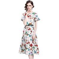 2021 디자이너 플로랄 프린트 미디 드레스 여성 플레어 슬리브 빈티지 활주로 캐주얼 흰색 드레스 벨트 여름 가을 화려한 하이 엔드 우아한 휴가 파티 frock