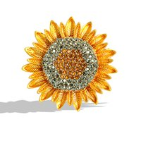Crystal Sunflower Brooch Classic Gold Color Jewelry Brooches For Women Gift Cute Zircon Stone Pin Dress Coat Accessories