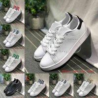 بيع 2021 الرجال النساء أحذية عارضة الأحذية الأخضر أسود أبيض البحرية الأزرق أوريو قوس قزح الوردي أزياء رجالي مسطح المدرب في الهواء الطلق مصمم الأحذية حجم 36-44
