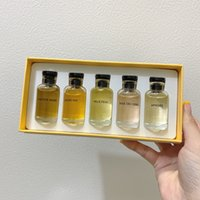 Ensemble de parfum de cinq nouveaux parfums Rose des évents Floral parfums Matière Noire Oriental Woody Parfum Apogée 10ml * 5pcs parfum durable