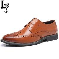 اللباس أحذية رجالية الرجعية تصميم أشار تو الدانتيل يصل الرجال الأعمال الجلود الذكور البروغ كبير الحجم 38-48 قطرة