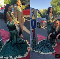 2021 South African Deep V Neck Mermaid Green Prom Dresses Gold Appliqued Backless Black Girls Long Sleeves Evening Party Gowns