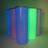 2021 Stil 20OZ Großhandel Edelstahl Tumbler Vakuum Florescent Glühen in der dunklen Sublimation Geraden Tasse mit Deckel