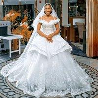 Off the Shoulder Tiered Wedding Bridal Dresses 2022 Lace Appliques Plus Size Vestido De Novia Puffy Skirt Church Second Gowns