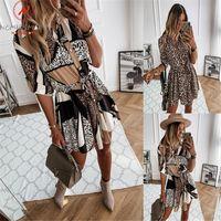 Moda Kadınlar İlkbahar Sonbahar Ince Elbise Bandaj Tasarım Düğme Dekor Turn-down Yaka Uzun Kollu Leopar Baskı Ince Mini Günlük Elbiseler