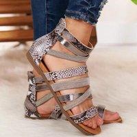 Explosão Europeu Americano Americano Grande Sapatos Femininos Salto Flat Sandálias Romanas Clipe De Espoeiro De Toe Women