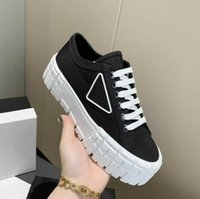 Plus de couleurs 2021 plate-forme chaussures décontractées Tirs de motocross définit la hauteur de la toile surdimensionnée augmente Sneaker Design inhabituel Nylon Gabardine Sneakers EUR36-45